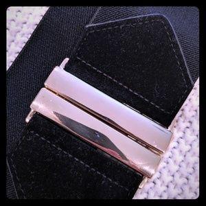 3/$10 Waist belt size L